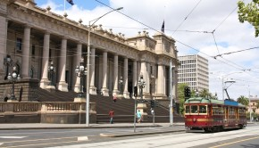 Could Melbourne finally be taking over from Sydney as the top property hotspot?