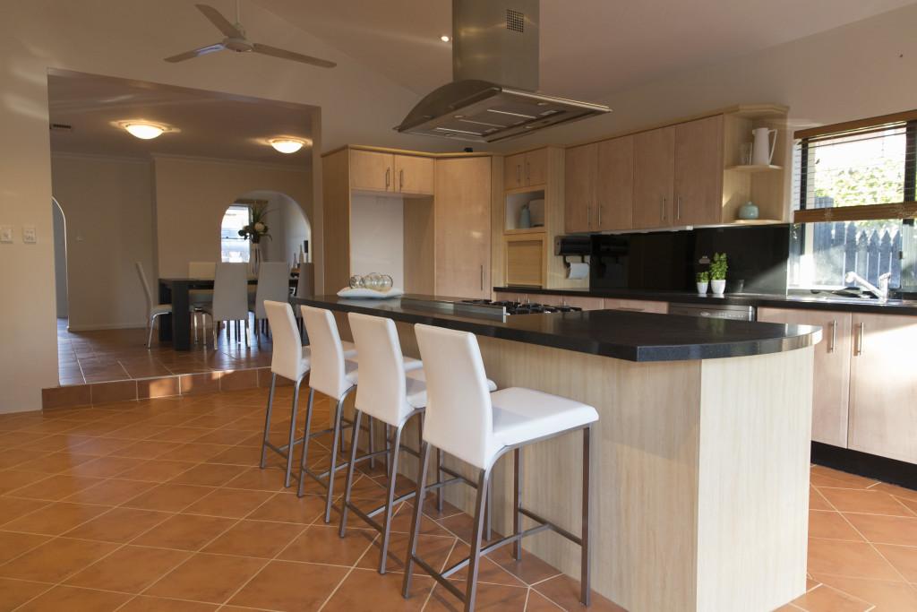 11 Ashbourne Way Hamilton Hill - Kitchen - Elders Real Estate Central